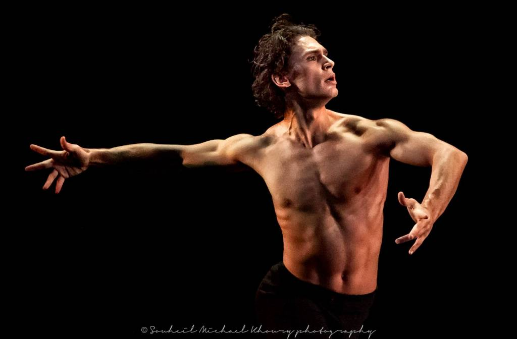 ivan-vasiliev-d0b8d0b2d0b0d0bd-d0b2d0b0d181d0b8d0bbd18cd0b5d0b2-kings-of-the-dance-labyrinth-of-solitude-october-21-2011-at-the-segerstrom-center-for-the-arts.jpg
